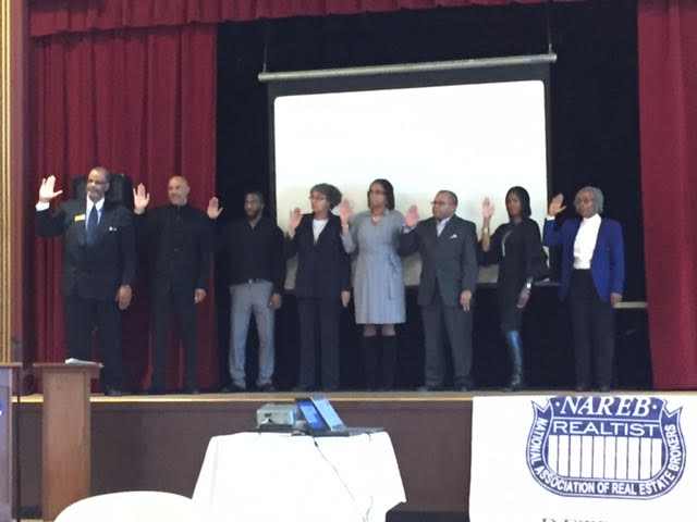 img-perrin-emanuel-greater-detroit-realist-assoc-board-installation